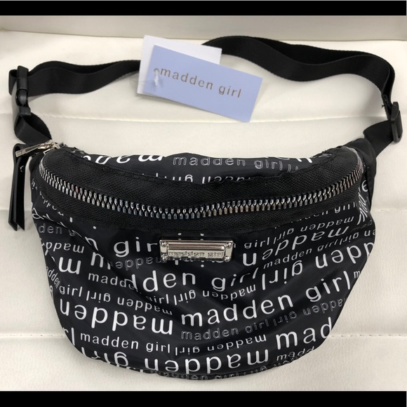 Madden Girl Handbags - Madden Girl Fanny Pack Black/White